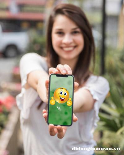 Thay mặt kính iPhone giá rẻ lấy ngay