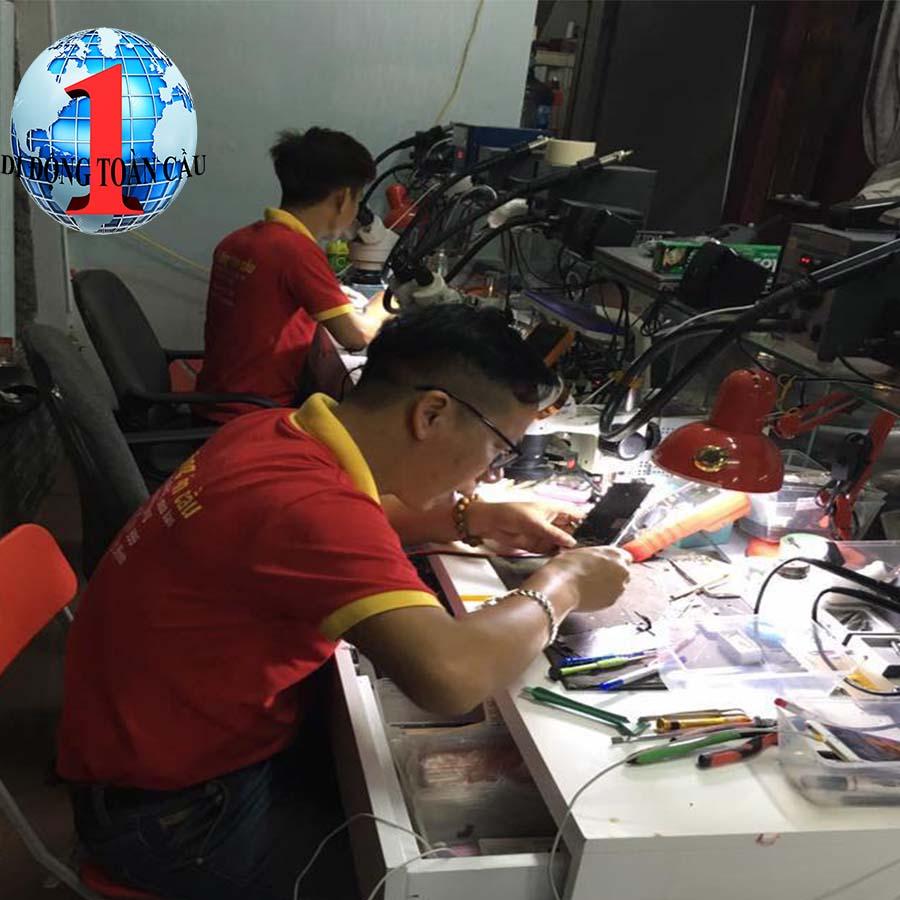 Lý do nên học nghề sửa chữa điện thoại