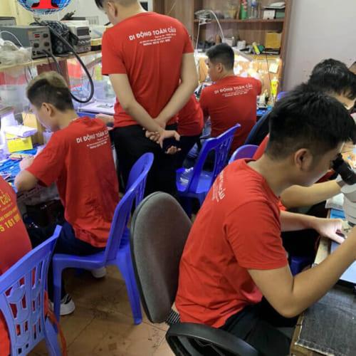 Có nên học nghề sửa chữa điện thoại? Tâm sự nghề sửa điện thoại