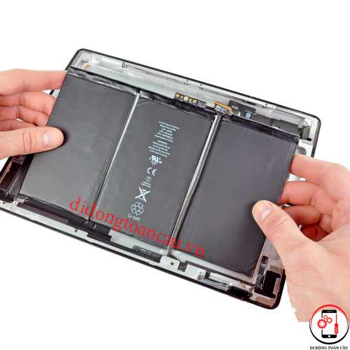 Thay pin iPad 1