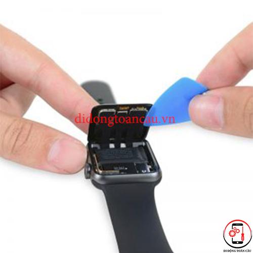 Thay pin Apple Watch SE
